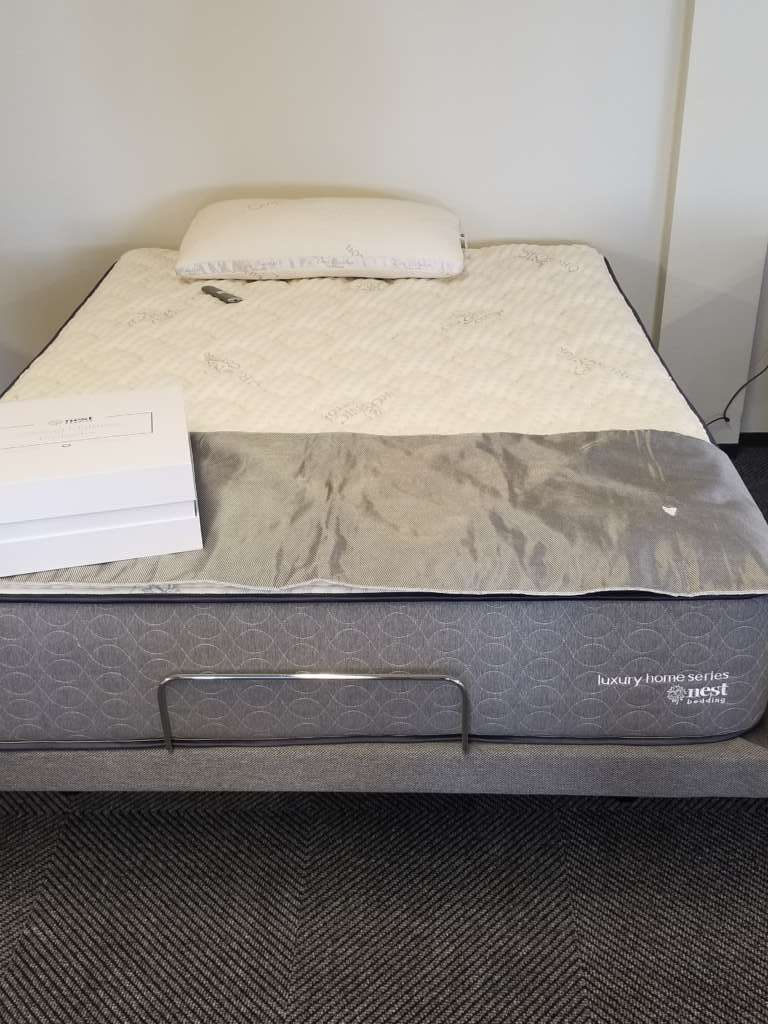 nest mattress cut