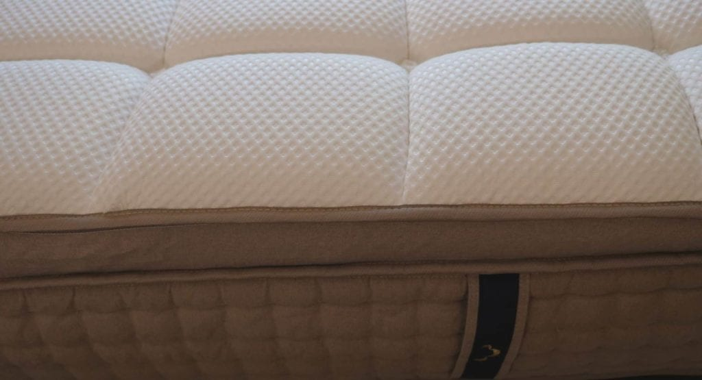 Side picture of Dreamcloud mattress handle