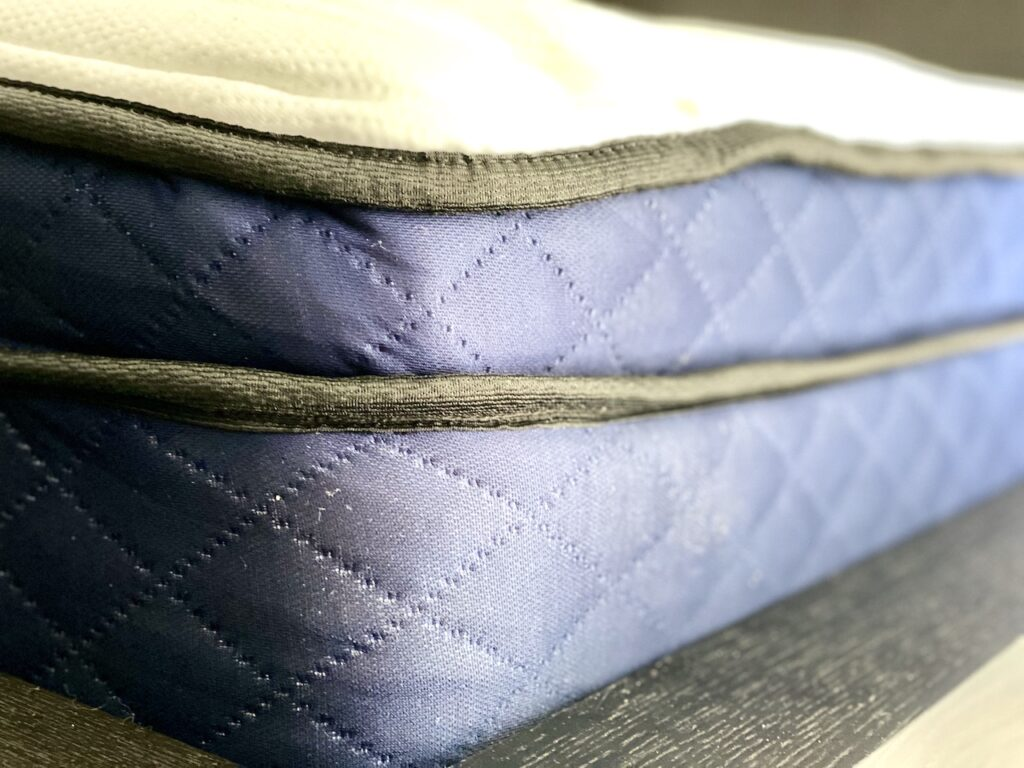 Silk & Snow Hybrid Mattress Review